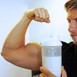 martin_fiedler_personaltraining_wien_protein_shake